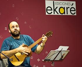 Tato-cuenta-y-canta-Ekare
