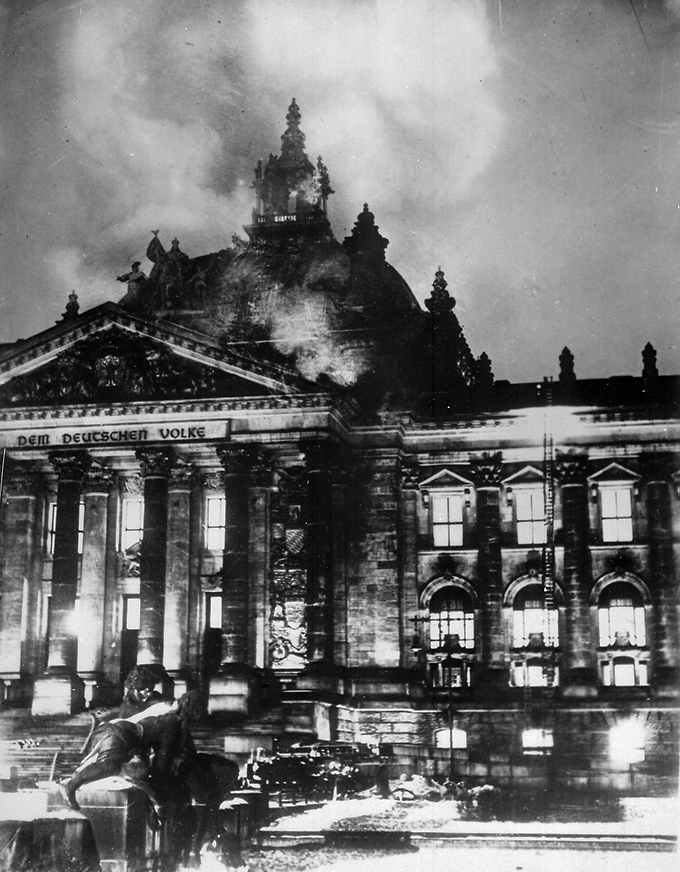 El incendio del Reichstag National Archives and Records Administration DP