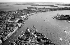 Venecia fue asesinada por la espalda