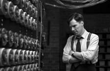 Descifrando Enigma: bioparodias y bombas atómicas sobre Berlín