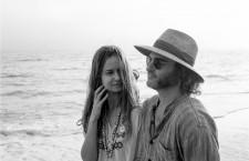 Puro vicio: náufragos en el paraíso hippie