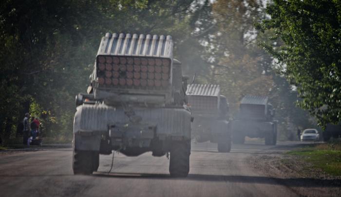 Septiembte de 2014: lanzacohetes del ejército ucraniano en ruta hacia la provincia separatista de Lugansk, ocupada por los rebeldes prorrusos.