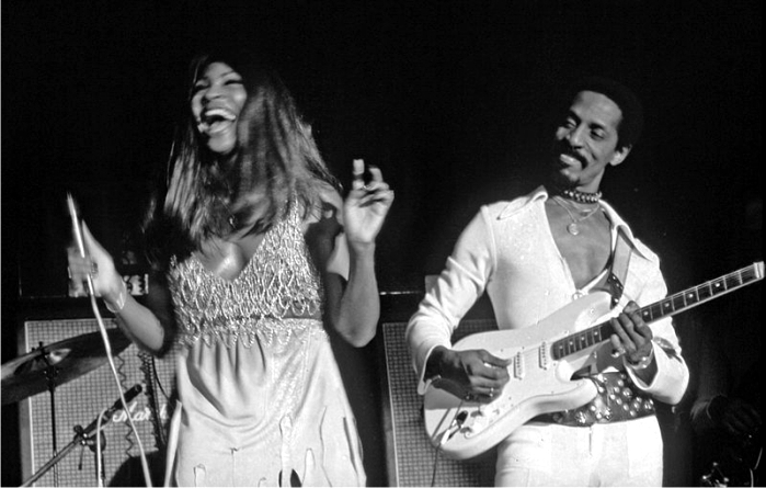 Tina y Ike Turner. Foto: Heinrich Klaffs (CC)