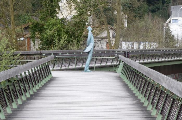 Estatua de Corto Maltés en Angulema.