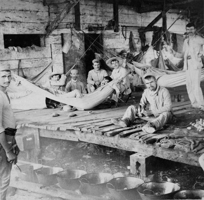 El último campamento español en Cienfuegos Cuba 1898. Strohmeyer Wyman