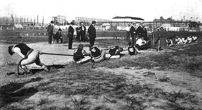 Exhibición de poderío atlético. Fotografía: Library of Congress (DP)