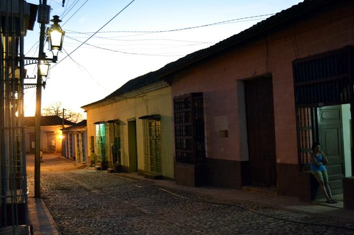Una calle de la ciudad colonial de Trinidad, en el sur del país.