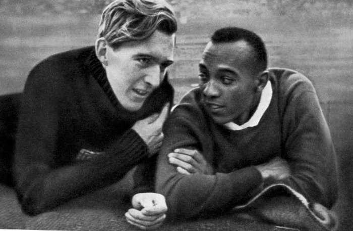 Jesse Owens y Lutz Long. Fotografía: ©TopFoto / Cordon Press