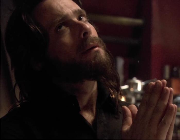 Gaius Baltar es un personaje complejo, inefable, que recibe la gracia. Imagen: ABC.