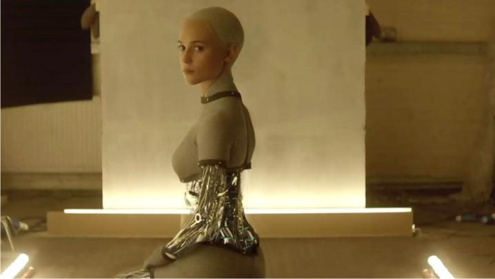 La robot Ava en Ex-Machina. Imagen: DNA Films.