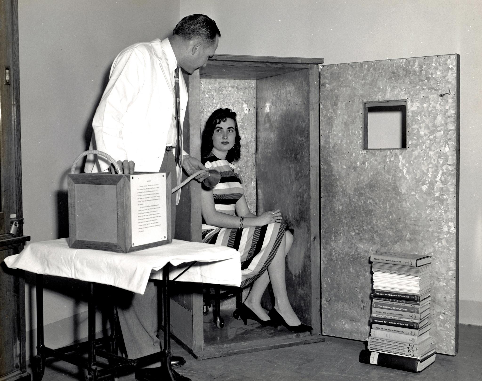 Las famosas cámaras acumuladoras de orgón. Fotografía: FDA