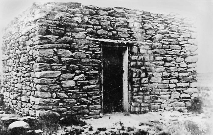 La primitica casa de piedra donde Pat Garrett capturó a Billy el Niño (foto: DP)