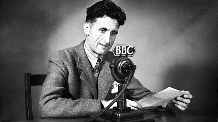 George Orwell en la BBC en 1940. Foto: BBC (DP