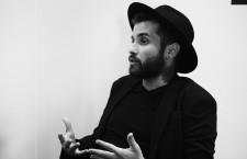 Abel Azcona: «Un artista cómodo no me vale, no es contemporáneo, no es nada»