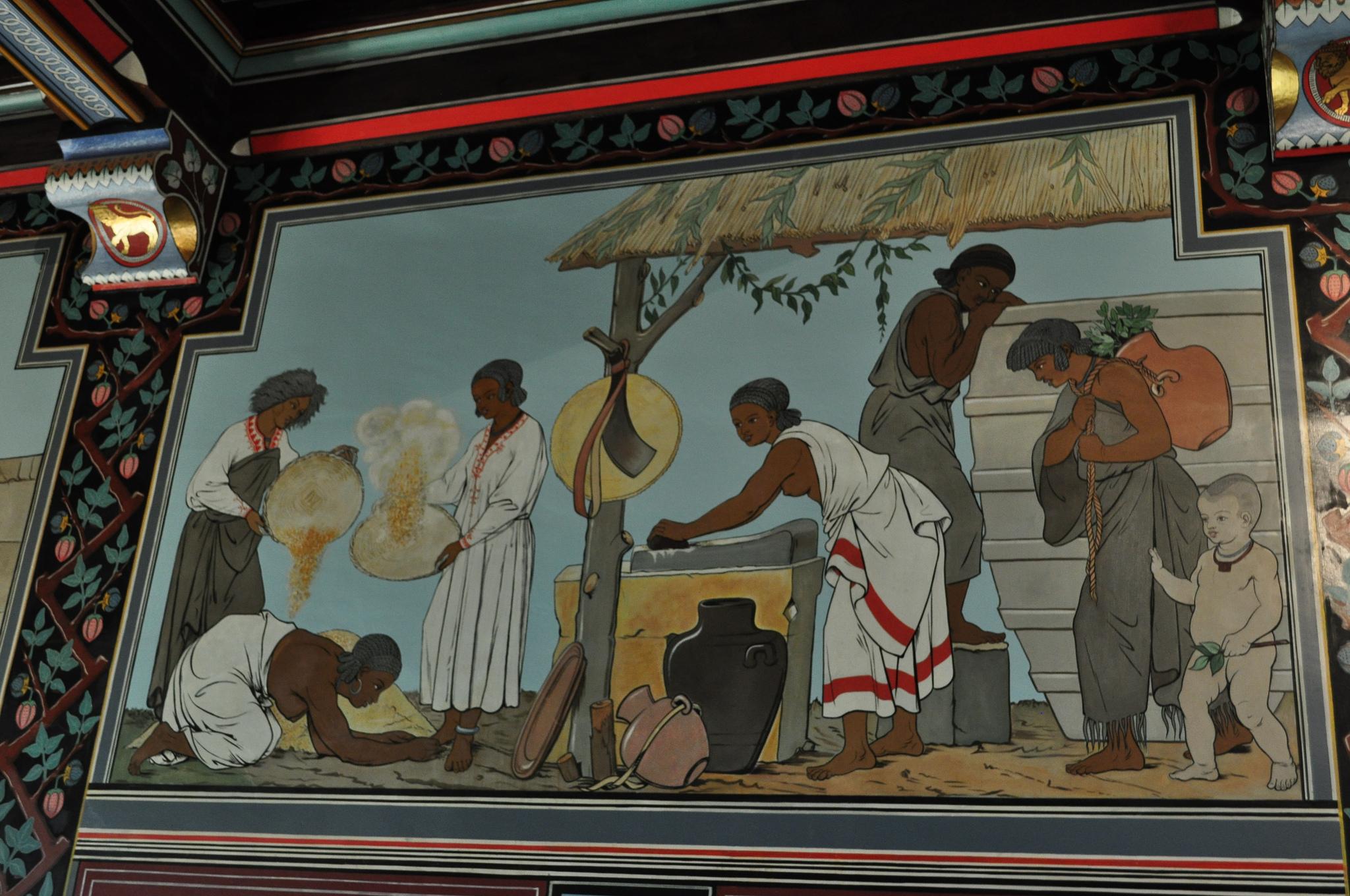 Frescos de inspiración etíope en la entrada del castillo. Fotografía: Bernard Blanc (CC)