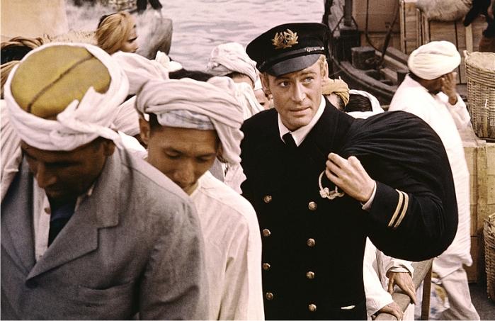Escena de la adaptación cinematográfica de Lord Jim. Imagen: Columbia Pictures.