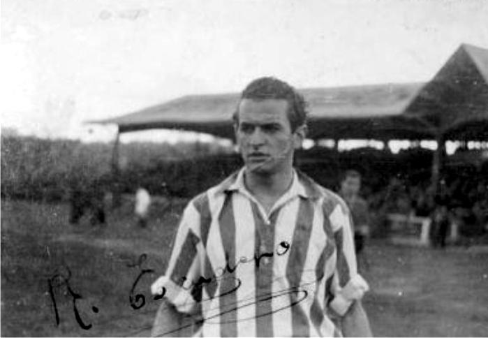 Foto autografiada por Rafael Escudero el año que salvó al Athletic Club. Imagen: cortesía de Memorias del fútbol vasco.