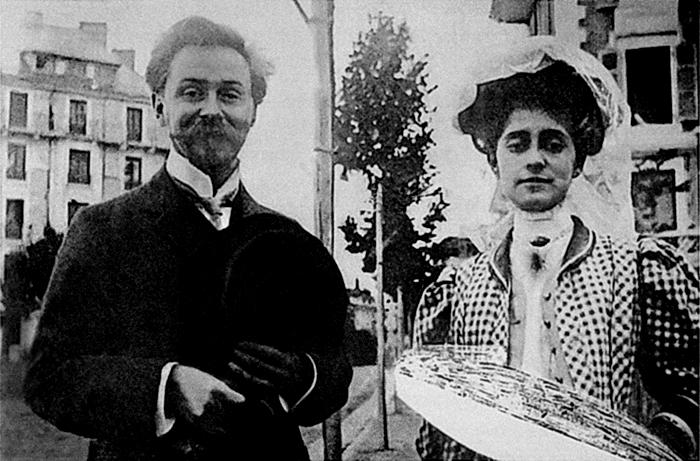 Alexander Scriabin y su segunda esposa, Tatiana Schloezer, en 1909. Ambos tenían una visión metafísica, casi mágica, de la música. La personalidad mística de Tatiana, que también tocaba el piano, ayudaba al compositor en su perenne propósito de escapar de lo mundano. (Imagen; DP)