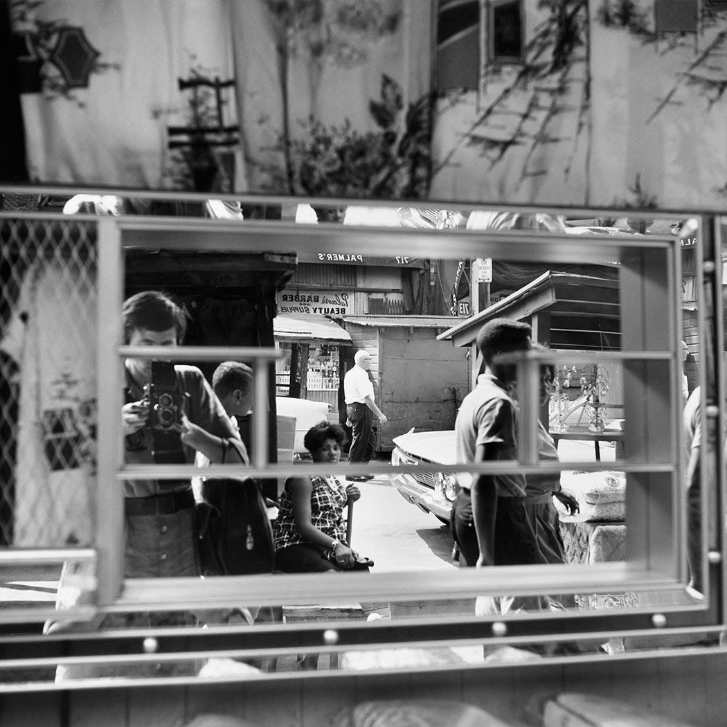 Vivian Maier, autorretrato. Fotografía cortesía de vivianmaier.com