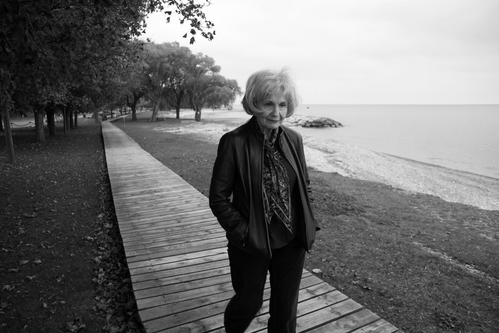 23 Oct 2006, Ontario, Canada --- (061021-26)--Godrich, Ontario, Canada--October 21, 2006--ALICE MUNRO--Photographed along a favorite walk she takes with her husband through a park along the eastern edge of Lake Huron. © George Waldman --- Image by © George Waldman/ZUMA Press/Corbis