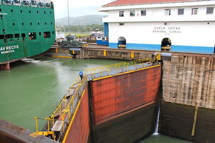Esclusas de Gatún, en el Canal de Panamá. Foto: Daniestrada01 (CC)