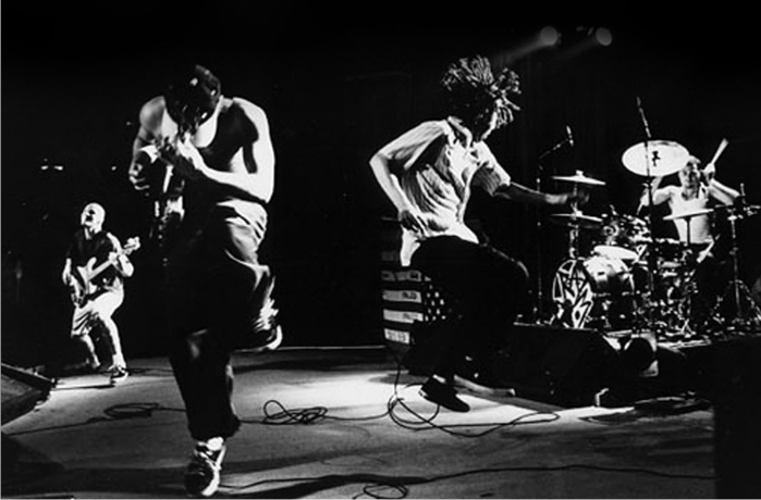 Rage Against the Machine. Imagen: Epic Records.