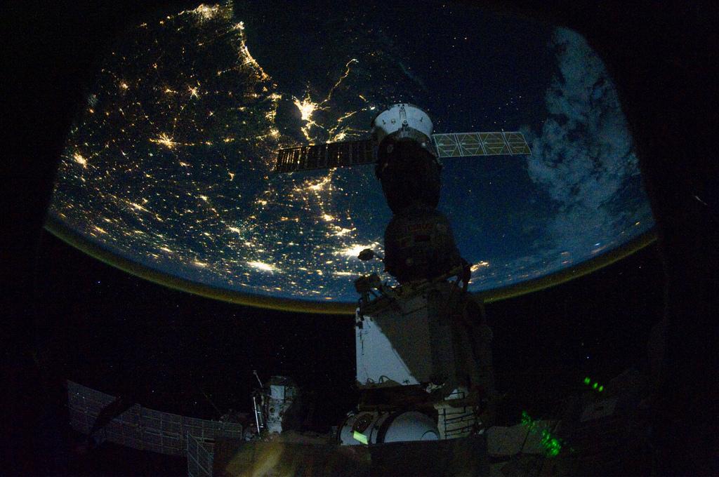 El Golfo de México de noche desde la Estación Espacial Internacional. Imagen: NASA (CC)