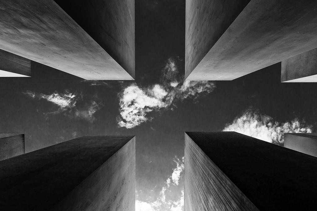 Monumento a los judíos de Europa asesinados, Berlín. Fotografía: Sebastian Deptula (CC).