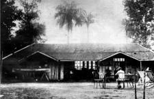 Horacio Quiroga y su casa en Misiones. Foto: DP.