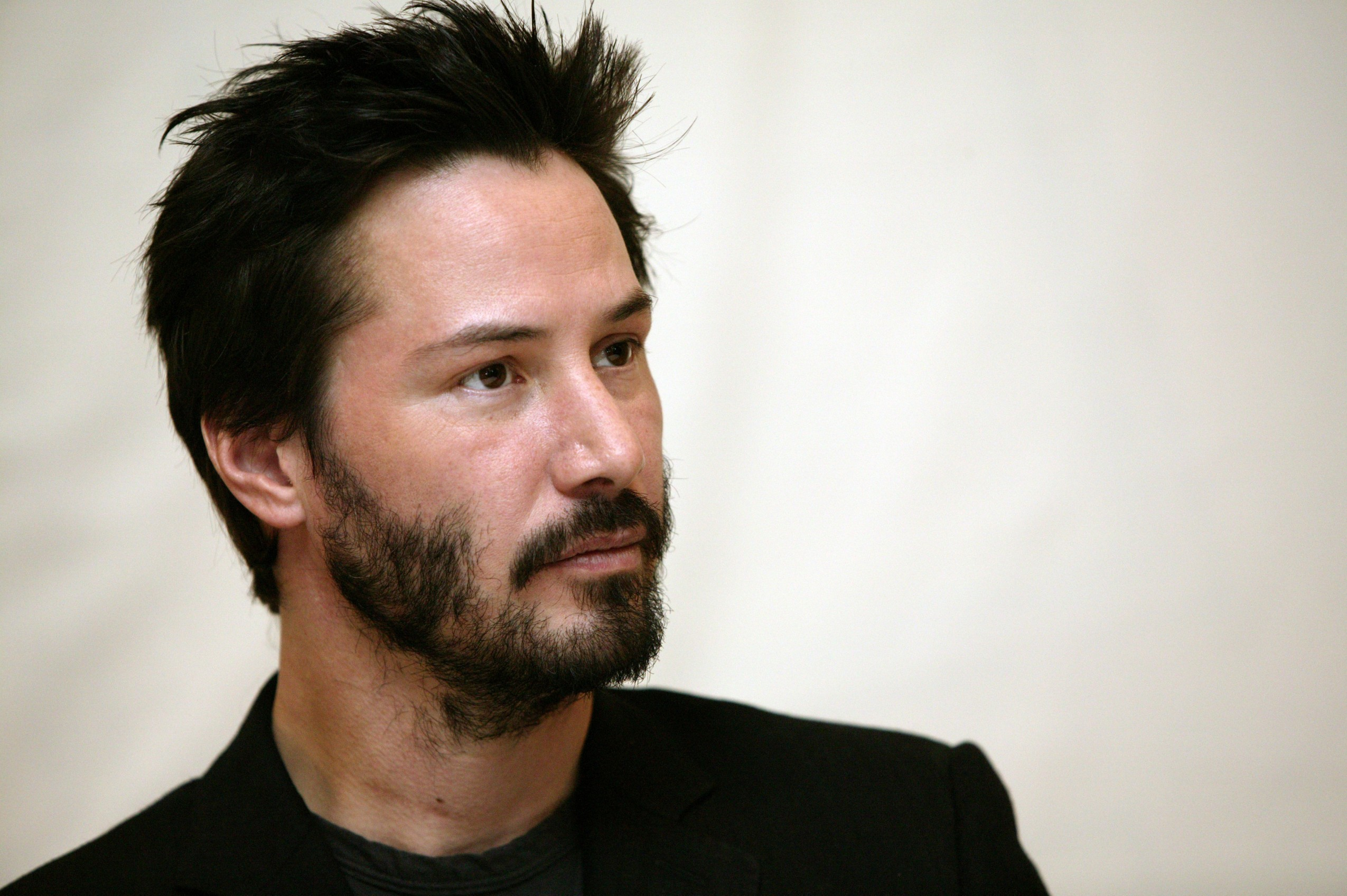 30 Jan 2005 --- Keanu Reeves, Los Angeles, CA. --- Image by © Armando Gallo/Corbis