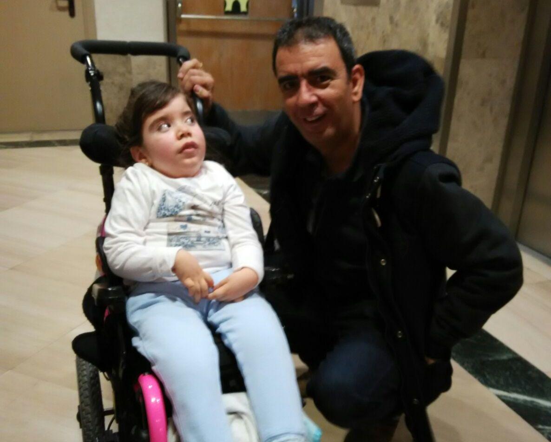 Imagen 5: Natalia en el Hospital Universitario Sanitas La Zarzuela (Madrid) antes del tratamiento. Enero 2016.