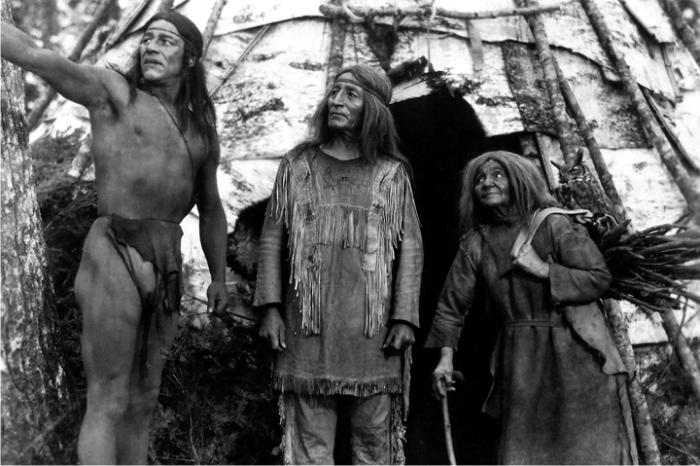 Escena de The silent enemy. Imagen: Paramount Pictures.