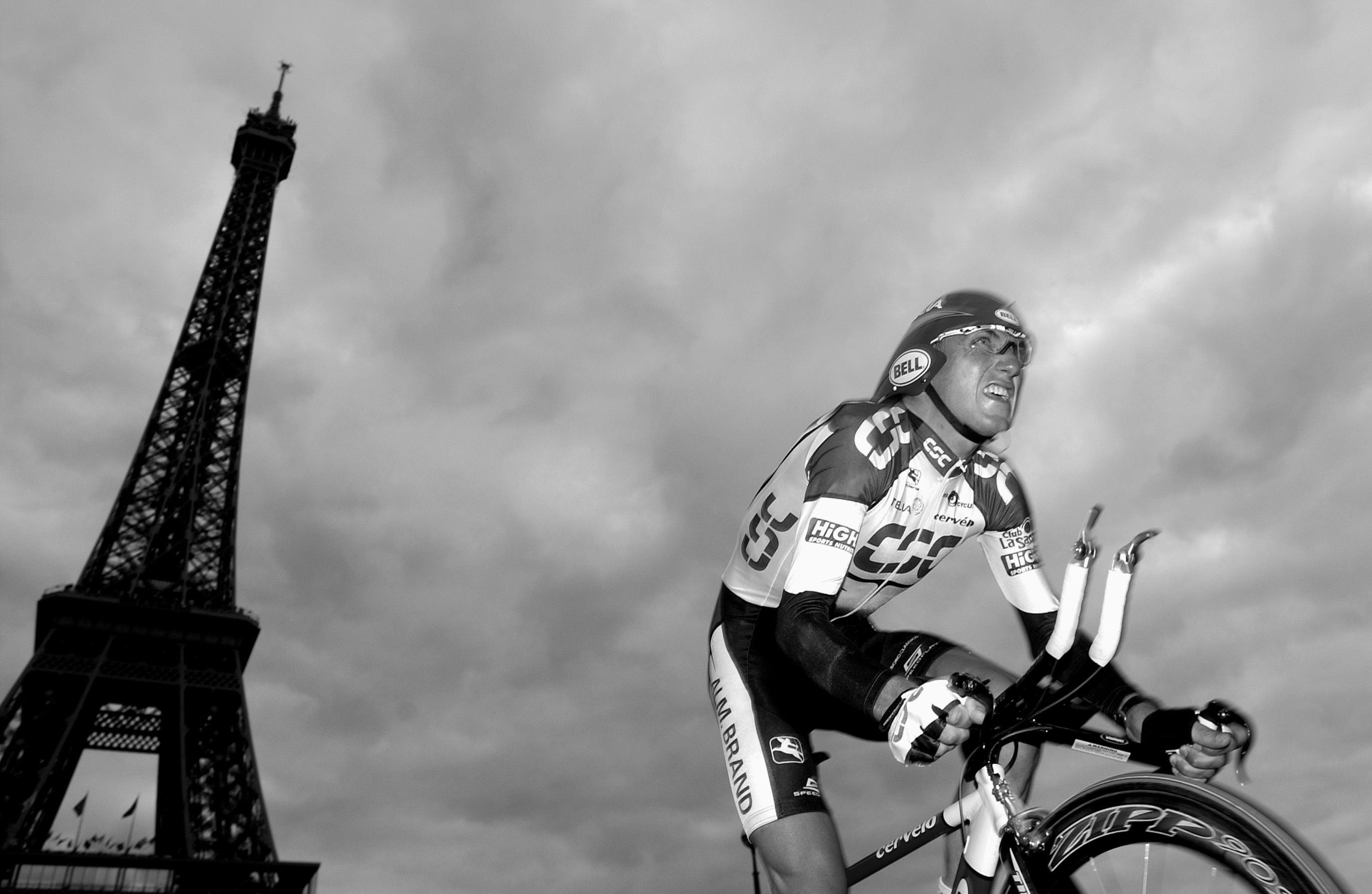 Tyler Hamilton en el Tour de Francia de 2003. Fotografía: Corbis.