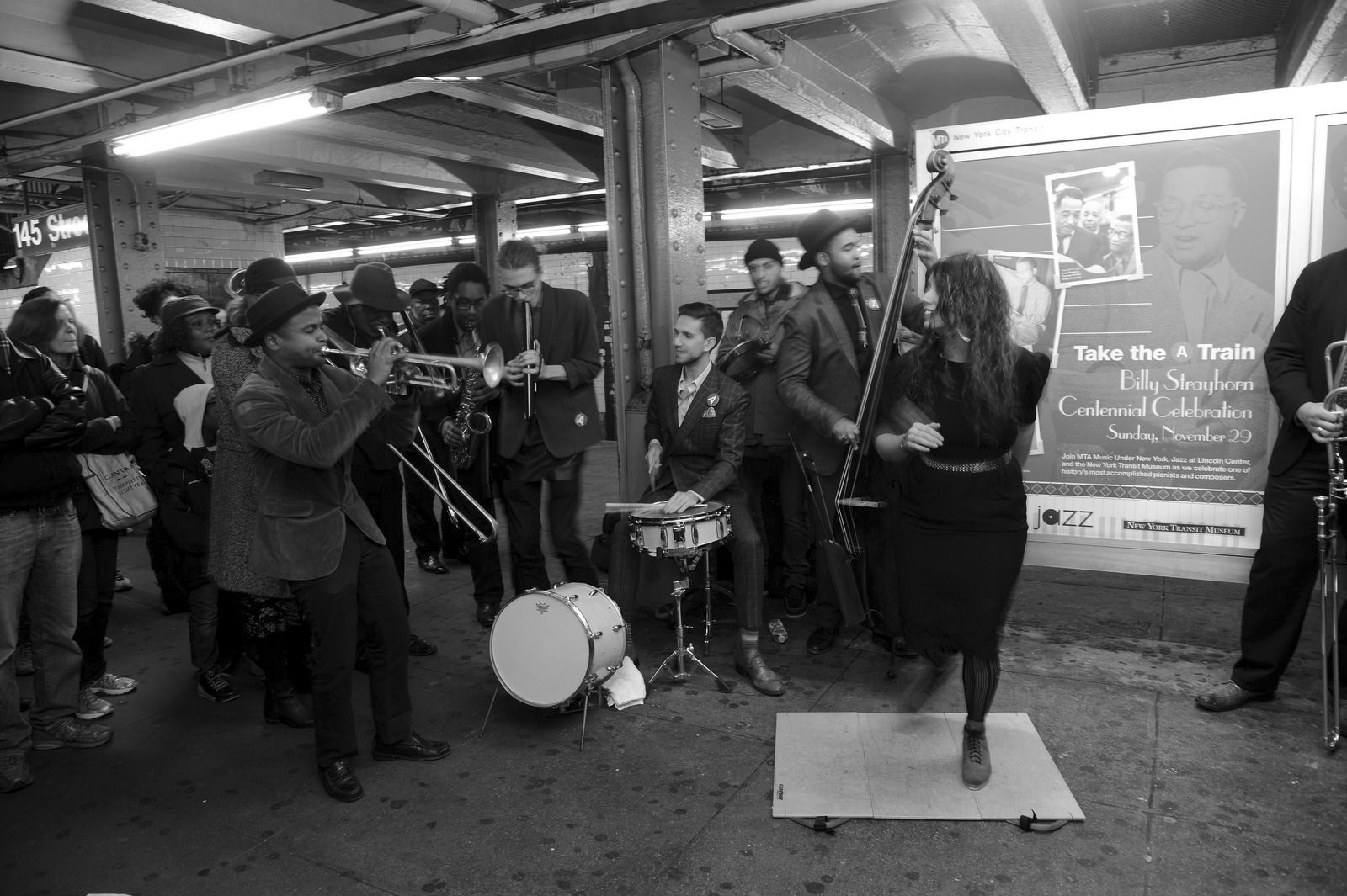 Músicos en el metro de Nueva York. Fotografía: Metropolitan Transportation Authority of the State of New York (CC).