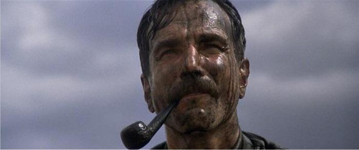 Day-Lewis, zapatero frustrado y asiduo de la comedia involuntaria. Imagen: Paramount Pictures.