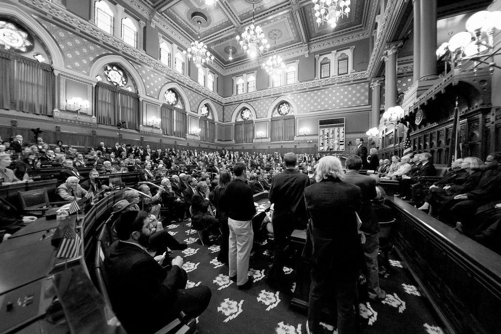 Una sesión de la Connecticut General Assembly. Fotografía cortesía de WNPR.