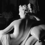 De la Dama de Auxerre a la Venus Borghese de Canova: idas y venidas de la escultura icónica occidental