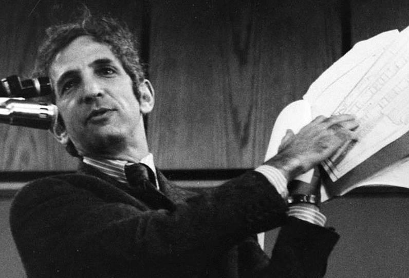 Daniel Ellsberg, 1974. Fotografía cortesía de University of Wisconsin-River Falls.