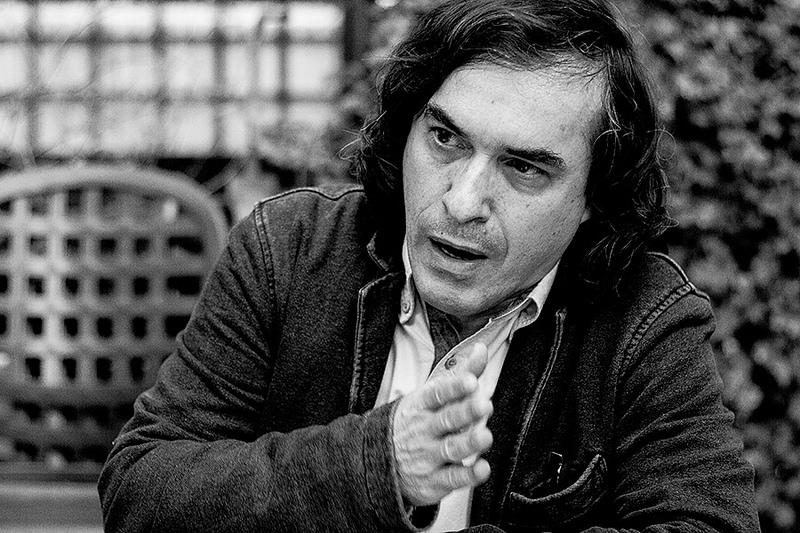 Mircea Cartarescu para JD 4