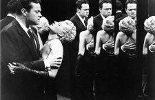 Rita Hayworth y Orson Welles en La dama de Shangái. Imagen: Columbia Pictures.