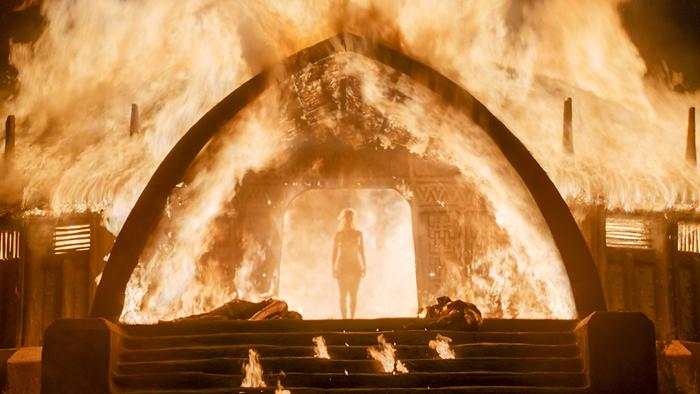Cuando vas a las fallas. Fotografía: HBO.