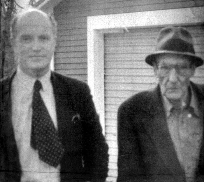 Iain Sinclair con William Burroughs. Foto cortesía de www.iainsinclair.org