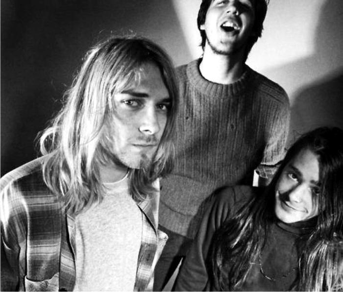 Nirvana cambiaron de sonido pero consiguieron mantener el look raído durante toda su carrera. Imagen: Geffen.