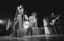 English rock group Free performing at the Royal Albert Hall, London, 11th February 1972. Left to right: Andy Fraser, Paul Rodgers and Paul Kossoff (1950 - 1976). (Photo by Michael Putland/Getty Images)