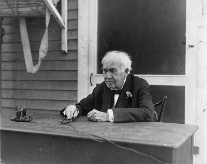 February 1928: Inventor Thomas Alva Edison (1847 - 1931) operating a telegraph key on his 81st birthday. The key he is pressing is actually inaugurating a modern Elison lighting system in Bellingham, Washington. (Photo by Hulton Archive/Getty Images)