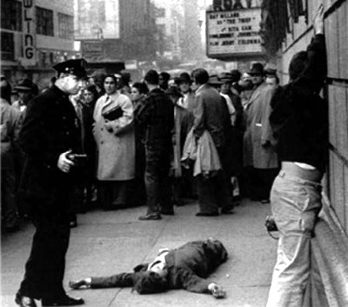 Mickey Spillane detenido tras un intento de atraco. Imagen cortesía de NYCPD.