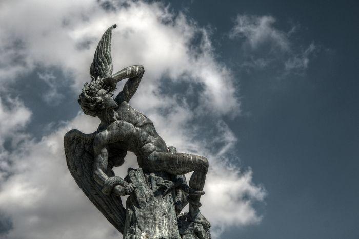 fuente_del_angel_caido_retiro_madrid_03