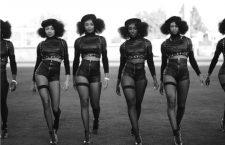 Las bailarinas de Beyoncé en la Super Bowl 50. Fotografía de Beyoncé en Instagram.