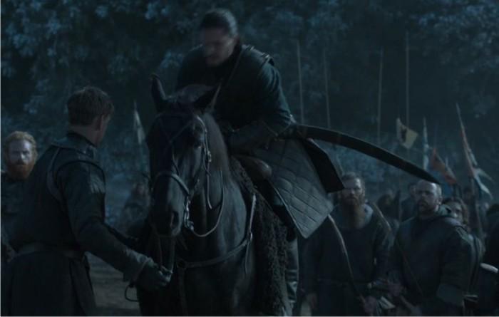 La terrorífica espada de goma valyria en acción. Imagen: HBO.