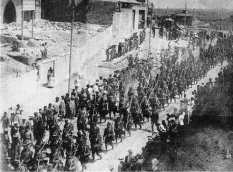 Tropas republicanas entrando en el Cantón Independiente de Cartagena, autor desconocido.